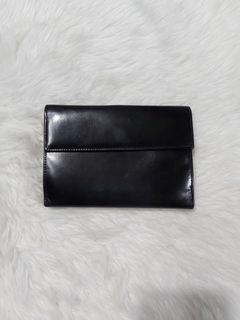💯% Authebtic Prada Wallet