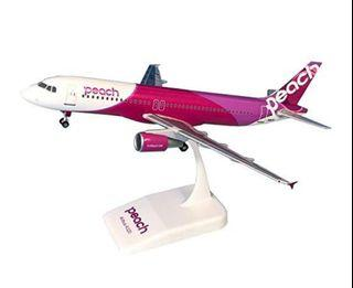 特價 Ever Rise n scale 1/150A-200ja817p200 樂桃航空 飛機模型