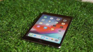 Ipad Mini 2 16gb cell + wifi black