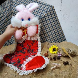 Kaos kaki natal boneka kelinci