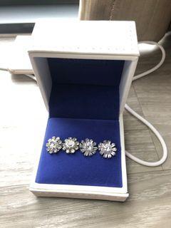 Lab diamond . 1 carat and 1.5 carat