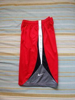 Nike大童運動短褲