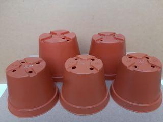 Pot Plastik Mini Coklat Ragam Ukuran 5 pcs