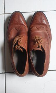 Sepatu Kulit Andrew Ukuran 42