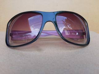 Sunglasses Wanita Ungu