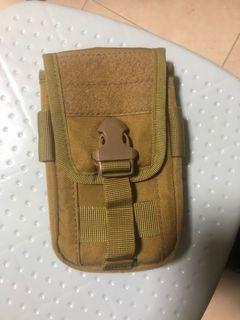 二手袋.有四個角爛咗(請睇圖二).其他位置正常.新舊如圖