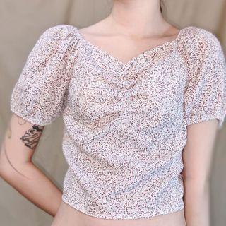 法式莓果泡泡袖短版上衣