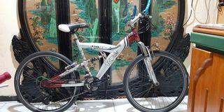 aluminum bicycle free  locks  and light Taoyuan Station