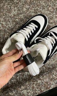 Chanel 黑白球鞋 37