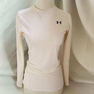 Preloved baju olahraga Under Armour  ORIGINAL
