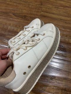 Sepatu anak zara