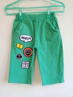 綠色棉麻材質五分褲
