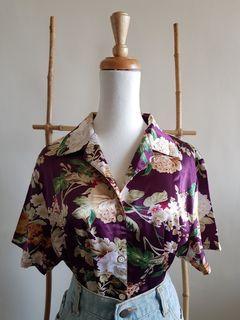 二手 超美復古睡衣風紫色底日式花卉短袖絲光襯衫