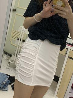 白色皺褶短裙 半身裙