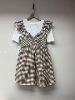 全新韓妞微甜女孩風可愛奶茶色系格紋棉麻短洋裝 (低於五折賠售)