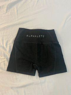 Alphalete shorts (S)