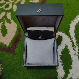 Box Nautica original