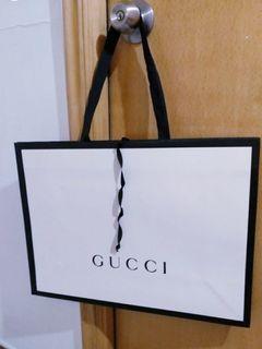 全新GUCCI 白色手袋側孭袋手挽袋紙袋禮物袋全新現貨面交