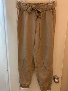 Hollister high-rise jogger pants
