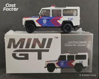 Mini GT #157 1:64 Land Rover Defender 110 Korlantas Polri - Indonesian Traffic Police