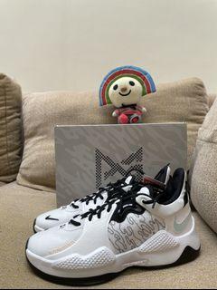 Nike PG5 Us10