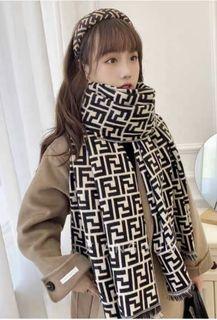"Styles autumn British style thickening new ""FF"" plaid scarf"