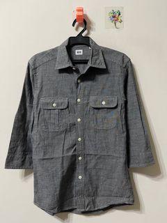 UNIQLO 灰色雙口袋休閒襯衫