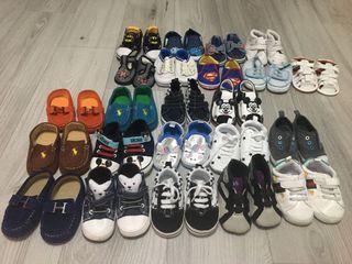 全新12.13號baby鞋👟(1雙80元買多可議)