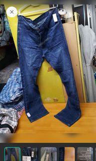 9571 衭Gap SLIM FIT STRAIGHT全新牛仔褲,91/81 36/32 1969 $100