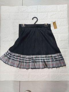 魚尾百摺短裙