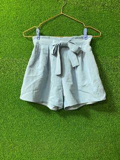 寶寶藍綁帶短褲