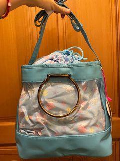 三麗鷗 大耳狗 透明 防水 束口拼接 肩背 斜背 包包