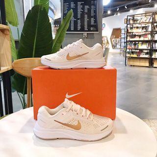 全新 Nike Air Zoom 登月37 sneakers 女款悠閒鞋波鞋運動鞋休閒鞋鞋子sport shoes sportty wearing出街返工返學輕便舒服鞋生日禮物送禮節日禮物birthday gifts