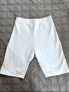 Aritzia Wilfred Nia Biker Shorts