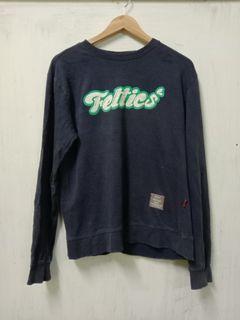 Feltics Sweatshirt