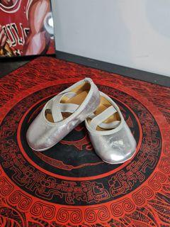 Gingersnaps shoe silver