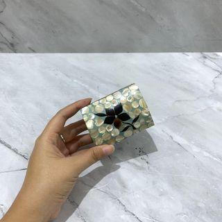 Kotak Perhiasan Kulit Kerang