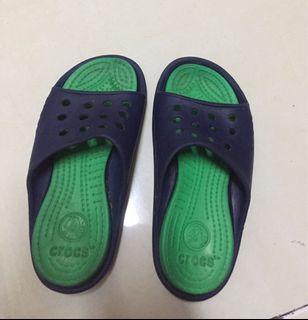 Sendal Crocs anak