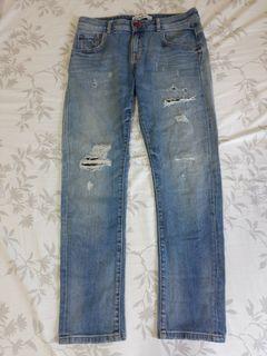 Zara basic z1975水洗磨破直筒牛仔褲