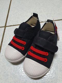 寶寶黏貼小布鞋