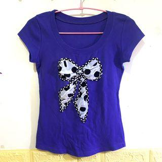 紫色蝴蝶結圓領上衣