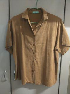 咖啡色棉麻襯衫