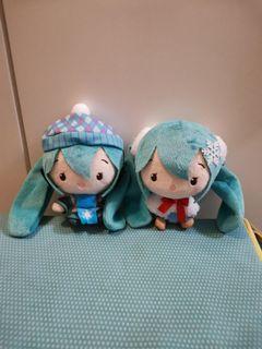 冬天系列 粉藍色格仔冷帽 雪花頸巾 白色披肩 初音 hatsune miku 毛公仔