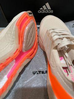 Adidas Ultraboost 21 Women Ori BNIB