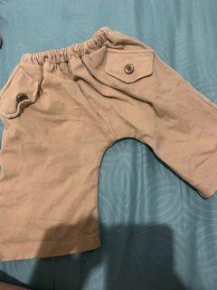 Celana pendek anak laki laki