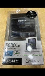 Sony portable charger CPV5 5000ma black / white   (💯%全新原廠貨New original)