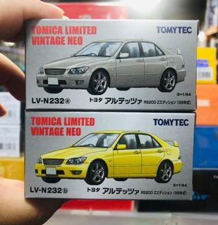 Tomica Limited Vintage Neo Tomytec LV-N232a&b 1998 Toyota Altezza RS200 Z Edition 一對 (銀色&黃色) (日版)