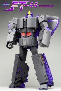 Transformers FT-44 Thomas (Astrotrain)