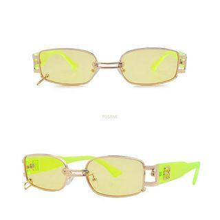 Y2K clear sunglasses