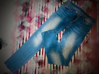 28中低腰刷白直筒牛仔褲